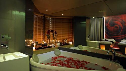 Hotel-Sea-Princess-Juhu-01